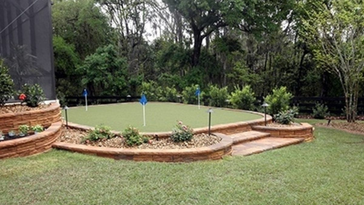 Backyard Putting Greens: Practice right outside your door!